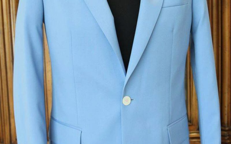 Rules for buttoning your jacket